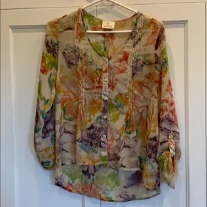 PINS AND NEEDLES floral top.